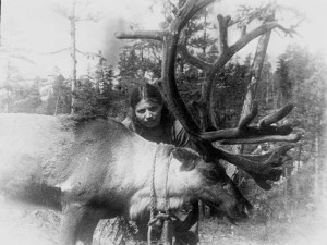 Фото 3 - Пахарькова с оленем