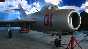 21.реактивный самолет МИГ-15- бис