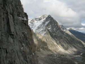 11. Пик Пионер, одноименный перевал с перевала Три Жэ