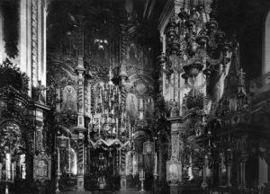 11-алтарь - Иконостас Успенского собора